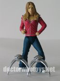 Rose Tyler and two Robot Spiders