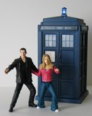 Ninth Doctor and Rose Tyler with Flight Control Tardis